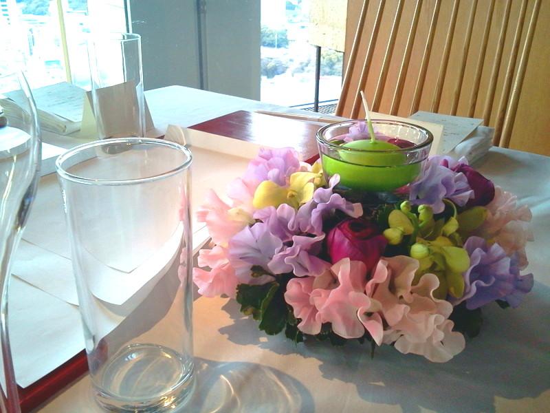 ゲストテーブル装花 (ピンクパープル)