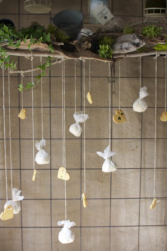 お花に囲まれた劇的ウエディング